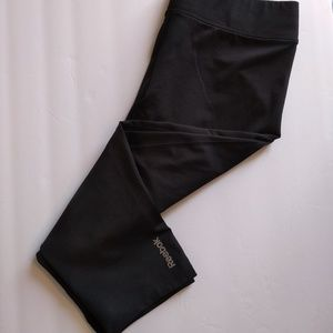 Reebok black capri workout leggings size medium